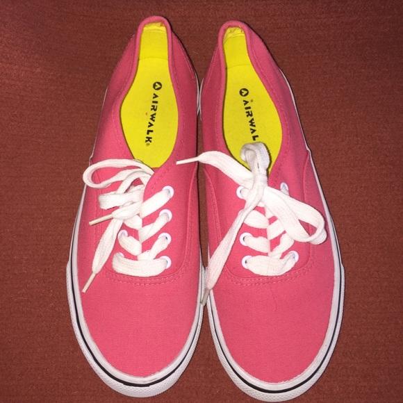 Brand new- Sz 7.5 Airwalks pink 36815e7ff